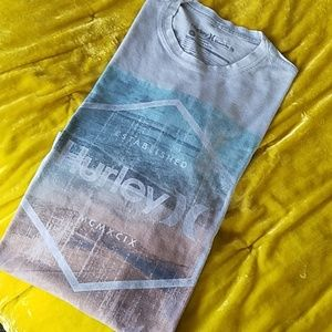 Hurley by Buckle Premium Fit Lt Blue Men's T